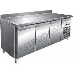 Gastronorm-Tiefkühltisch – 3 Türen – Tiefe 700 mm – Aufkantung – Temperatur -18 °C/-22 °C